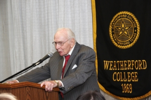 Jim Wright speaks at the 2014 WC Alumni Awards Luncheon.